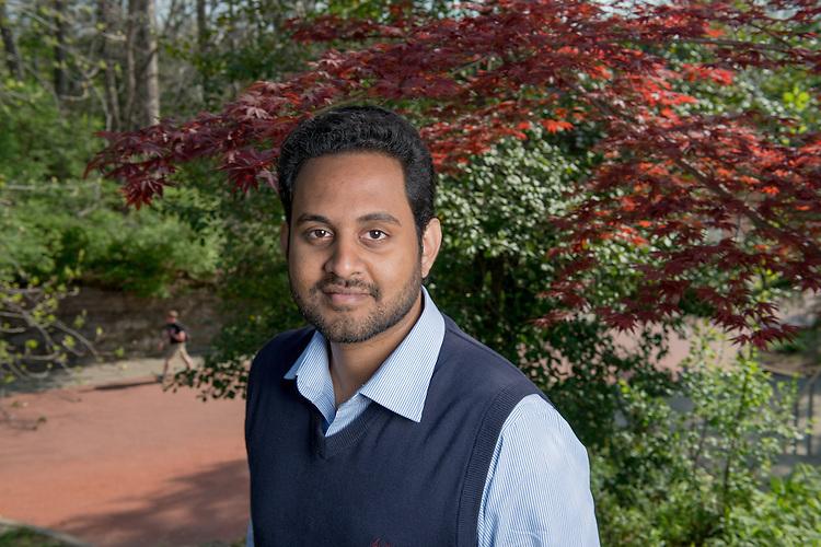 Lubashan Pathirana Karunarathna, Math, Graduate Student, College of Arts and Sciences