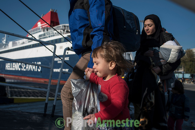 2015/12/05. Mytilene, Lesbos. Grecia. <br /> Three months after the death of Aylan Kurdi, Save the Children remember that the security of the borders can not be above the rights of refugees. Only in Greece, 728,000 refugees have arrived this year, 26% are children. Most small boats have arrived in the Greek island of Lesbos from Turkey. Pedro Armestre / Save the Children.<br /> Tres meses despu&eacute;s de la muerte de Aylan Kurdi, Save the Children recuerda que la seguridad de las fronteras no puede estar por encima de los derechos de los refugiados. Solo a Grecia han llegada m&aacute;s 728.000 personas refugiadas en lo que va de a&ntilde;o, el 26% son ni&ntilde;os. La mayor&iacute;a han llegado en peque&ntilde;as embarcaciones a la isla griega  de Lesbos procedentes de Turqu&iacute;a. Desde la muerte de Aylan m&aacute;s de 120 ni&ntilde;os han muerto en el mar intentando llegar a Europa. <br />  &copy; Pedro Armestre/ Save the Children Handout. No ventas -No Archivos - Uso editorial solamente - Uso libre solamente para 14 d&iacute;as despu&eacute;s de liberaci&oacute;n. Foto proporcionada por SAVE THE CHILDREN, uso solamente para ilustrar noticias o comentarios sobre los hechos o eventos representados en esta imagen.<br /> &copy; Pedro Armestre/ Save the Children Handout - No sales - No Archives - Editorial Use Only - Free use only for 14 days after release. Photo provided by SAVE THE CHILDREN, distributed handout photo to be used only to illustrate news reporting or commentary on the facts or events depicted in this image.