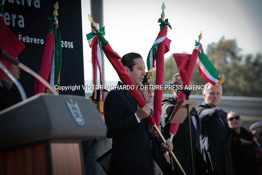 Quer&eacute;taro, Qro. 24 FEBRERO 2016.- El Gobernador del estado, Francisco Dom&iacute;nguez, acompa&ntilde;ado por representantes de los poderes del estado, presidi&oacute; la ceremonia conmemorativa del D&iacute;a de la Bandera.<br /> <br /> Foto: Victor Pichardo / Obture Press Agency