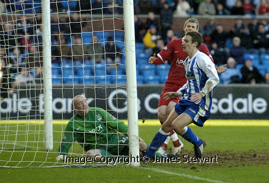 24/02/2008    Copyright Pic: James Stewart.File Name : sct_jspa11_kilmarnock_v_aberdeen.CRAIG BRYSON .SCORES KILMARNOCK'S THIRD.James Stewart Photo Agency 19 Carronlea Drive, Falkirk. FK2 8DN      Vat Reg No. 607 6932 25.Studio      : +44 (0)1324 611191 .Mobile      : +44 (0)7721 416997.E-mail  :  jim@jspa.co.uk.If you require further information then contact Jim Stewart on any of the numbers above........