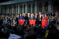 Die SPD-Generalsekret&auml;rin Andrea Nahles, der SPD-Bundesvorsitzende Sigmar Gabriel und die SPD-Schatzmeisterin Barbara Hendricks geben am Samstag (14.12.13) in Berlin das Ergebnis des SPD Mitgliederentscheids zur Gro&szlig;en Koalition mit der CDU/CSU bekannt. Die Mehrheit der SPD-Mitglieder sprach sich f&uuml;r eine Gro&szlig;e Koalition aus.<br /> Foto: Axel Schmidt/CommonLens<br /> <br /> Berlin, Germany, politics, Deutschland, 2013, Groko, Koalition, SPD, Mitglieder, Basis, Abstimmung, Mitgliederentscheid, Entscheid, Mitgliedervotum, Votum, Ausz&auml;hlung