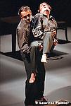 Au théâtre des abbesses de Paris le 17 decembre 2001..Chorégraphie : Josef Nadj..Musique : Michel Montanaro, extrait de Maria, Igor Stravinsky..Son : ..Lumières : Rémi Nicolas..Costumes : Bjanca Ursulov..Avec : Dominique Mercy, Josef Nadj