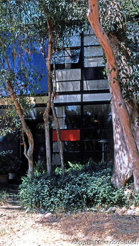 Charles Eames: Eames Studio.  Photo '78.