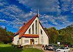 Wysowa-Zdrój (woj. małopolskie) 2019-09-29, znana jest z leczniczych wód mineralnych wieś uzdrowiskowa w południowej Polsce. Kościół zdrojowy Przemienienia Pańskiego