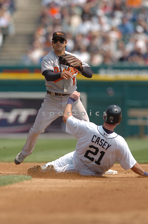 BRIAN ROBERTS, of the Baltimore Orioles , in action during the Orioles game against the Detroit Tigers on May 2, 2007 in Detroit, Tigers...Tigers win 5-4...Chris Bernacchi/ SportPics..