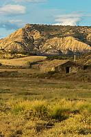 Europe, Espagne, Navarre, env de Carcastillo : Parc Naturel des Bardenas Reales, Le 18 septembre, El Paso :  Cabane de berger   // Europe, Spain, Navarre, near Carcastillo : Bardenas Reales Natural Park, El Paso:  Shepherd's hut