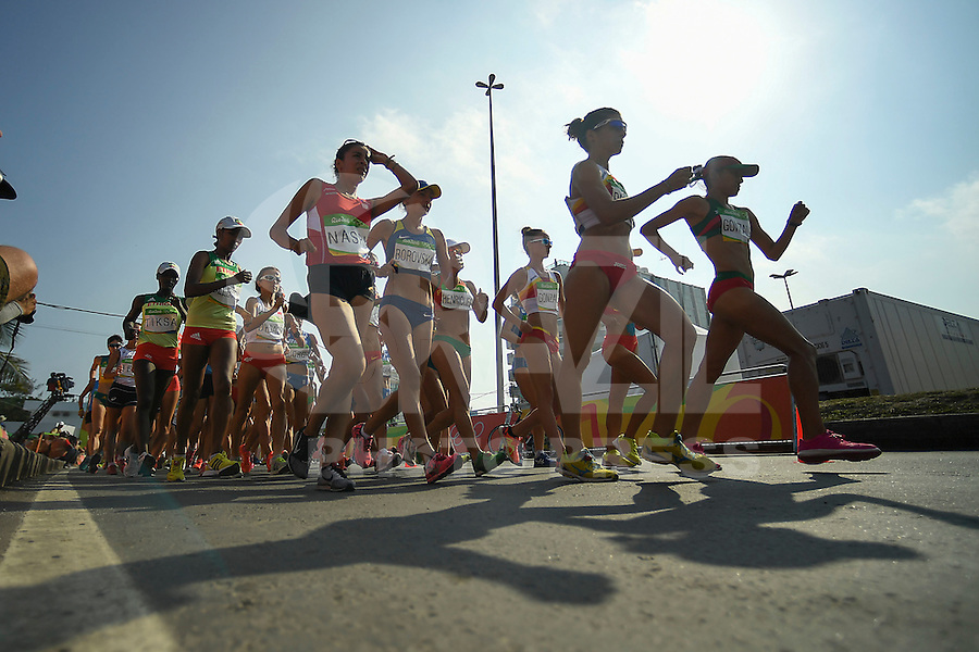RIO DE JANEIRO, RJ, 19.08.2016 - OLIMPIADAS-ATLETISMO - Marcha feminina 20km na Arena do Pontal nos Jogos Olimpicos Rio 2016 nesta sexta-feira, 19. (Foto: Etzel Espinosa/Brazil Photo Press)