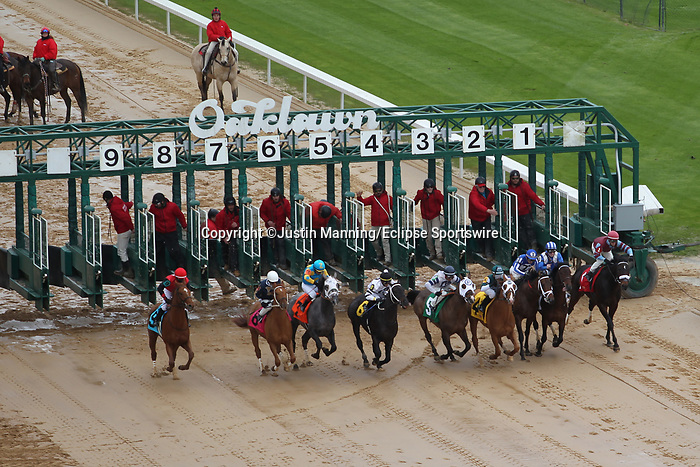 January 24, 2020: Race 6 at Oaklawn Racing Casino Resort in Hot Springs, Arkansas. ©Justin Manning/Eclipse Sportswire/CSM