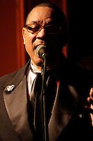 SÃO PAULO, 07 DE AGOSTO, 2012 - THE PLATTERS - Grupo vocal que ficou famoso na década de 50 pelo hit 'ONLY YOU' se apresenta no Bar Brahma, na noite dessa terça, 07 - FOTO LOLA OLIVEIRA- BRAZIL PHOTO PRESS