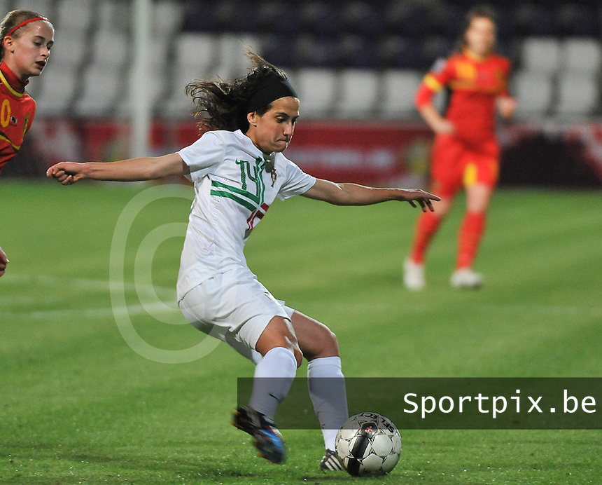 20131031 - ANTWERPEN , BELGIUM : Portugese Dolores Silva pictured during the female soccer match between Belgium and Portugal , on the fourth matchday in group 5 of the UEFA qualifying round to the FIFA Women World Cup in Canada 2015 at Het Kiel stadium , Antwerp . Thursday 31st October 2013. PHOTO DAVID CATRY