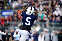 STATE COLLEGE, PA - NOVEMBER 11:  Penn State WR DaeSean Hamilton (5) catches a pass for a reception. The Penn State Nittany Lions defeated the Rutgers Scarlet Knights 35-6 on November 11, 2017 at Beaver Stadium in State College, PA. (Photo by Randy Litzinger/Icon Sportswire)