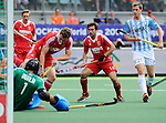 The Hague, Netherlands, June 15: Adam Dixon #16 of England and Lucas Rossi #27 of Argentina look on during the field hockey bronze match (Men) between Argentina and England on June 15, 2014 during the World Cup 2014 at Kyocera Stadium in The Hague, Netherlands. Final score 2-0 (0-0)  (Photo by Dirk Markgraf / www.265-images.com) *** Local caption ***