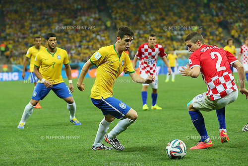 Oscar (BRA), <br /> JUNE 12, 2014 - Football /Soccer : <br /> 2014 FIFA World Cup Brazil <br /> Group Match -Group A- <br /> between Brazil 3-1 Croatia <br /> at Arena de Sao Paulo, Sao Paulo, Brazil. <br /> (Photo by YUTAKA/AFLO SPORT) [1040]