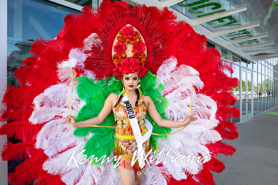 Cielo Martinez, Miss Washington Latina, Kent International Festival, Kent, WA, USA.