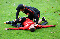 Mijat Gacinovic (Eintracht Frankfurt) mit Athletiktrainer Klaus Luisser (Eintracht Frankfurt) - 10.10.2017: Eintracht Frankfurt Training, Commerzbank Arena