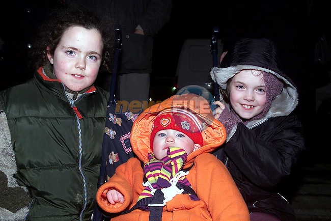 Caoimhe, Grainne and emma Thompson from Pearse Park at the fireworks display on New Year's Day..Picture Paul Mohan Newsfile