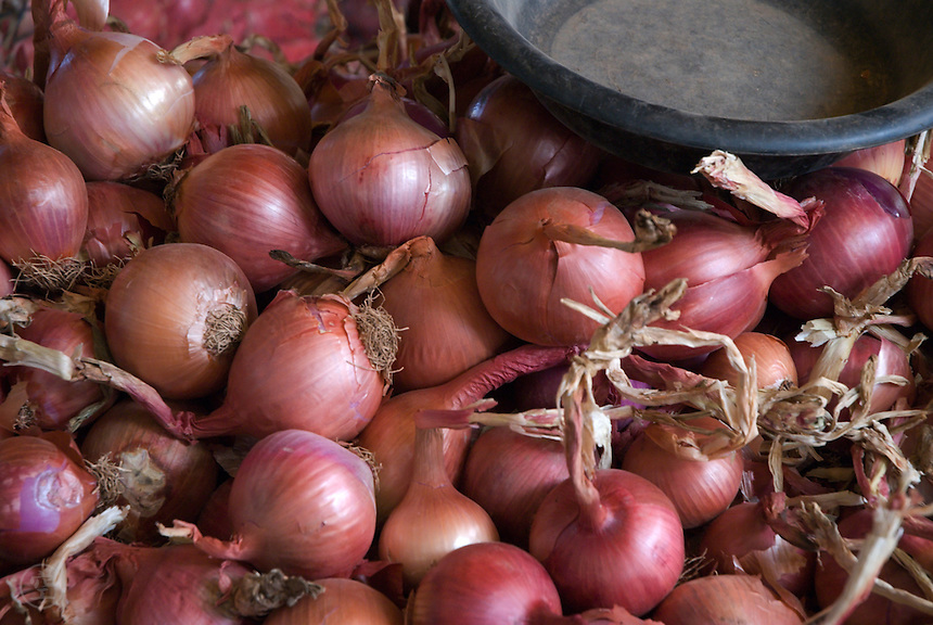 Light-purple skinned onions for sale at the weekly market in Sefrou, Morocco