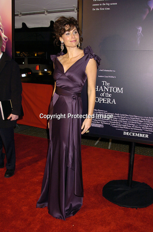 """Minnie Driver ..at The New York Premiere of """"Phantom of the Opera"""" on ..December 12, 2004 at the Ziegfeld Theatre. ..Photo by Robin Platzer, Twin Images"""