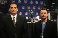IFAF Praesident Tommy Wiking mit USA Football PR-Director Mike Preston<br /> Super Bowl XLIII Pressekonferenz<br /> *** Local Caption *** Foto ist honorarpflichtig! zzgl. gesetzl. MwSt. Auf Anfrage in hoeherer Qualitaet/Aufloesung. Belegexemplar an: Marc Schueler, Am Ziegelfalltor 4, 64625 Bensheim, Tel. +49 (0) 6251 86 96 134, www.gameday-mediaservices.de. Email: marc.schueler@gameday-mediaservices.de, Bankverbindung: Volksbank Bergstrasse, Kto.: 151297, BLZ: 50960101