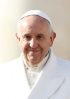 Papa Francesco tiene l'udienza generale del mercoledi' in Piazza San Pietro, Citta' del Vaticano, 16 dicembre 2015.<br /> Pope Francis attends his weekly general audience in St. Peter's Square at the Vatican, 16 December 2015.<br /> UPDATE IMAGES PRESS/Isabella Bonotto<br /> <br /> STRICTLY ONLY FOR EDITORIAL USE<br /> <br /> *** ITALY AND GERMANY OUT ***