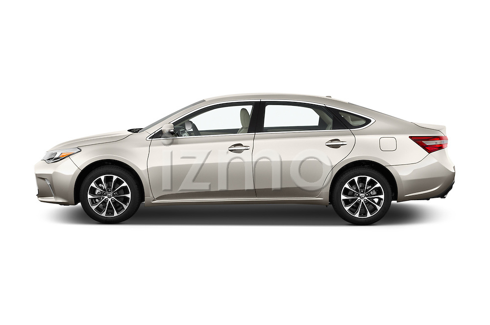 Car Driver side profile view of a 2018 Toyota Avalon XLE 4 Door Sedan Side View