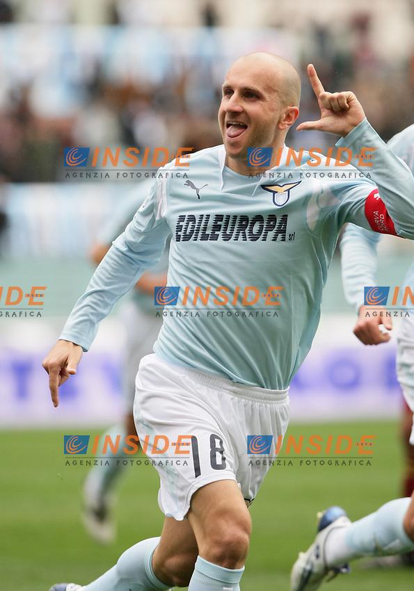 esultanza di Tommaso Rocchi dopoil gol (Lazio)<br /> Lazio vs Livorno 2-0<br /> Campionato di Calcio Serie A <br /> Roma, 9 marzo 2008<br /> Photo Antonietta Baldassarre Inside<br /> Rocchi celebrating after goal