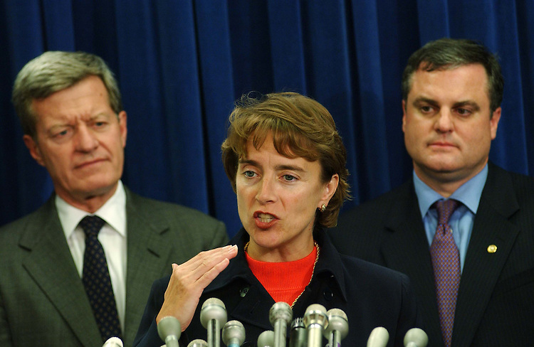9/23/04.TAX CUTS--Senate Finance ranking Democrat Max Baucus, D-Mont., Sen. Blanche Lincoln, D-Ark., and Sen. Mark Pryor, D-Ark., during a news conference on tax cuts..CONGRESSIONAL QUARTERLY PHOTO BY SCOTT J. FERRELL