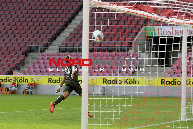 nph00351: Torjubel Pierre KUNDE (1.FSV Mainz 05) <br /> nach  Tor zum 2-2.<br /> Sport: Fussball: 1. Bundesliga: Saison 19/20: 26.Spieltag: 1.FC KOELN-FSV MAINZ 05,17.05.2020.<br /> Foto: Anke Waelischmiller/SVEN SIMON/POOL / via Meuter/nordphoto<br /> <br /> Nur für journalistische Zwecke! Only for editorial use!<br /> Gemäß den Vorgaben der DFL Deutsche Fußball Liga ist es untersagt, in dem Stadion und/oder vom Spiel angefertigte Fotoaufnahmen in Form von Sequenzbildern und/oder videoähnlichen Fotostrecken zu verwerten bzw. verwerten zu lassen. DFL regulations prohibit any use of photographs as image sequences and/or quasi-video.