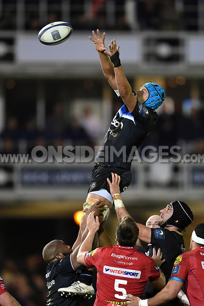 Zach Mercer of Bath Rugby wins the ball at a lineout. European Rugby Champions Cup match, between Bath Rugby and the Scarlets on January 12, 2018 at the Recreation Ground in Bath, England. Photo by: Patrick Khachfe / Onside Images