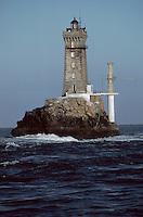 Europe/France/Bretagne/29/Finistère/Ile de Sein: Le phare de la Vieille depuis une vedette de l'Ile
