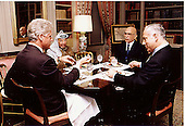 United States President Bill Clinton hosts a luncheon for Middle East Peace on October 1, 1996. (L-R) U.S. President Clinton; Palestinian Authority Chairman Yassir Arafat; King Hussein of Jordan;  Prime Minister Binyamin Netanyahu of Israel..Credit: Sharon Farmer - The White House / CNP