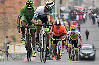 TUNJA - COLOMBIA- 21- 02-2016: Ciclistas, durante la prueba ruta categoría Elite hombres con recorrido entre las ciudades de Sogamoso y Tunja en una distancia 174,6 km kilometros de Los Campeonato Nacionales de Ciclismo 2016, que se realizan en Boyaca. / Cyclists, during the Elite test individual route men conducted  between the towns of Sogamoso and Tunja at a distance of 174,6 km of the National Cycling Championships 2016 performed in Boyaca. / Photo: VizzorImage / Cesar Melgarejo / Cont.