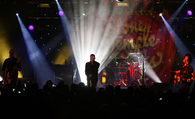 STARLAND BALLROOM<br /> <br /> STONE TEMPLE PILOTS<br /> W/CHESTER BENNINGTON OF LINKIN PARK ON VOCALS<br /> <br /> <br /> ON FRI SEPT. 6,2013<br /> <br /> <br /> <br /> PHOTOS: MARK R. SULLIVAN/markrsullivan.com &copy; 2013