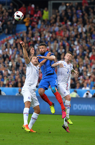 03.07.2016. St Denis, Paris, France. UEFA EURO 2016 quarter final match between France and Iceland at the Stade de France in Saint-Denis, France, 03 July 2016.  Olivier Giroud (fra) wins th eheader from Arnason (ice)