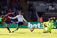 Dele Alli of Tottenham Hotspur and Wayne Hennessey of Crystal Palace during Crystal Palace vs Tottenham Hotspur, Premier League Football at Selhurst Park on 25th February 2018