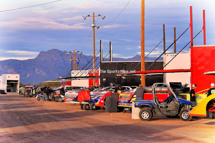 Jan 7, 2017; 4:49:52 PM; QUEEN CREEK, AZ., USA; 11th Annual Keyser Manufacturing Wild West Shootout at Arizona Speedway presented by O'Reilly Auto Parts. Mandatory Credit: (thesportswire.net)