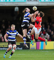 Max Clark of Bath Rugby and Marcelo Bosch of Saracens compete for the ball in the air. Aviva Premiership match, between Bath Rugby and Saracens on December 3, 2016 at the Recreation Ground in Bath, England. Photo by: Patrick Khachfe / Onside Images
