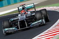 BUDAPESTE, 27 JULHO 2012 - F1 GP DA HUNGRIA -  O piloto alemao da equipe Mercedes GP Michael Schumacher durante treino para o GP da Hungria que acontece nesse final de semana em Budapeste. (FOTO PIXATHLON / BRAZIL PHOTO PRESS).