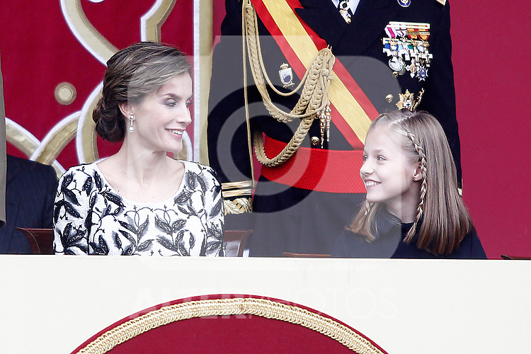 Queen Letizia of Spain (l) and Princess Leonor of Spain attend the National Day military parade. October 12 ,2016. (ALTERPHOTOS/Acero)