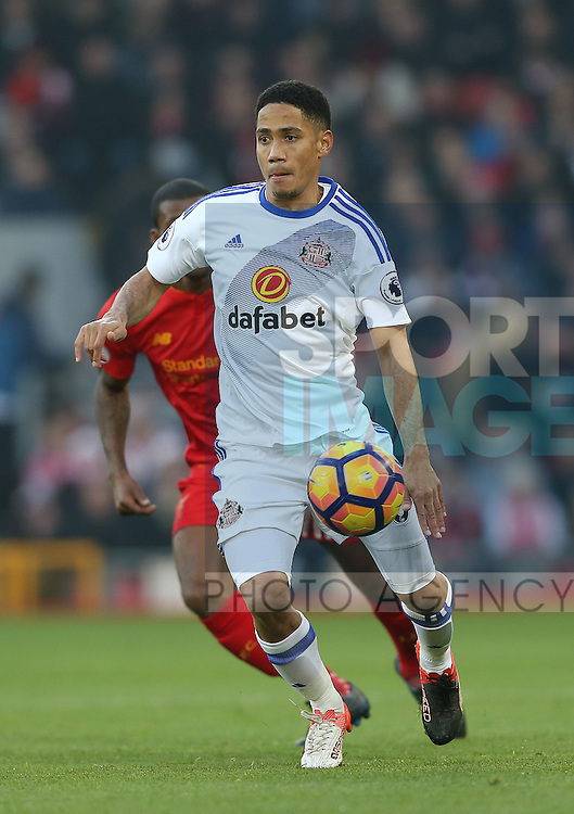 Steven Pienaar of Sunderland during the Premier League match at the Anfield Stadium, Liverpool. Picture date: November 26th, 2016. Pic Simon Bellis/Sportimage