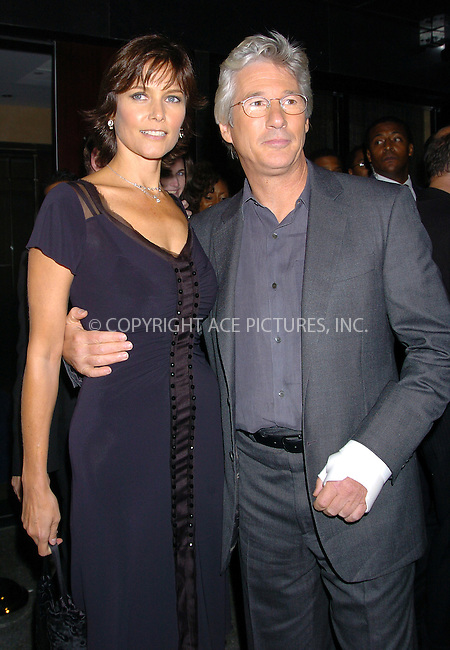 """WWW.ACEPIXS.COM . . . . .  ....NEW YORK, OCTOBER 5, 2004....Richard Gere and Carey Lowell attend the New York premiere of """"Shall We Dance."""" The cast on Richard Gere's arm was reported in the NY Daily News as having been caused by a recent horse riding accident at his Westchester county ranch.....Please byline: AJ Sokalner - ACE PICTURES..... *** ***..Ace Pictures, Inc:  ..Alecsey Boldeskul (646) 267-6913 ..Philip Vaughan (646) 769-0430..e-mail: info@acepixs.com..web: http://www.acepixs.com"""
