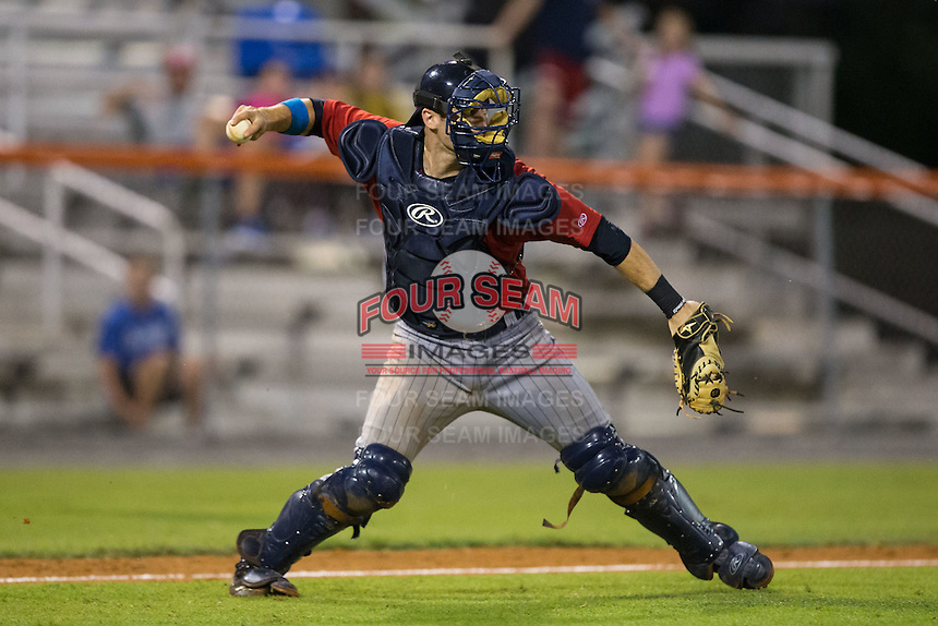 Elizabethton Twins catcher A.J. Murray (22) makes a throw to second base against the Kingsport Mets at Hunter Wright Stadium on July 8, 2015 in Kingsport, Tennessee.  The Mets defeated the Twins 8-2. (Brian Westerholt/Four Seam Images)