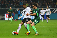 Kevin-Prince Boateng (Eintracht Frankfurt) gegen Milos Veljkovic (SV Werder Bremen) - 03.11.2017: Eintracht Frankfurt vs. SV Werder Bremen, Commerzbank Arena
