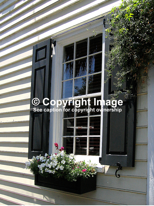 Detail, house, window, Charleston, South Carolina, USA. 200705140049..Copyright Image from Victor Patterson, 54 Dorchester Park, Belfast, UK, BT9 6RJ..Tel: +44 28 9066 1296.Mob: +44 7802 353836.Voicemail +44 20 8816 7153.Skype: victorpattersonbelfast.Email: victorpatterson@mac.com.Email: victorpatterson@ireland.com (back-up)..IMPORTANT: If you wish to use this image or any other of my images please go to www.victorpatterson.com and click on the Terms & Conditions. Then contact me by email or phone with the reference number(s) of the image(s) concerned.