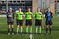 20191026 – Brugge, BELGIUM : referee Chloe Van Mingeroet (M) with assistant referees Joline Delcroix (L) and Shauni Depruyst (R)  pictured with Brugge's Ellen Martens (R) and Standard's Lisa Lichtfus (L) before the kick off of a women soccer game between Club Brugge Dames and Standard Femina de Liege on the seventh matchday of the Belgian Superleague season 2019-2020 , the Belgian women's football  top division , Saturday 26 th October 2019 at the synthetic terrain 4 at the Jan Breydel site in Brugge  , Belgium  .  PHOTO SPORTPIX.BE | DIRK VUYLSTEKE