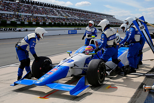 22-23 August, 2015, Pocono, Pennsylvania USA<br /> Pippa Mann pit stop<br /> ©2015, Russell LaBounty<br /> LAT Photo USA