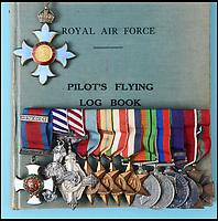 Medal sale - RAF hero who rescued Wellington.