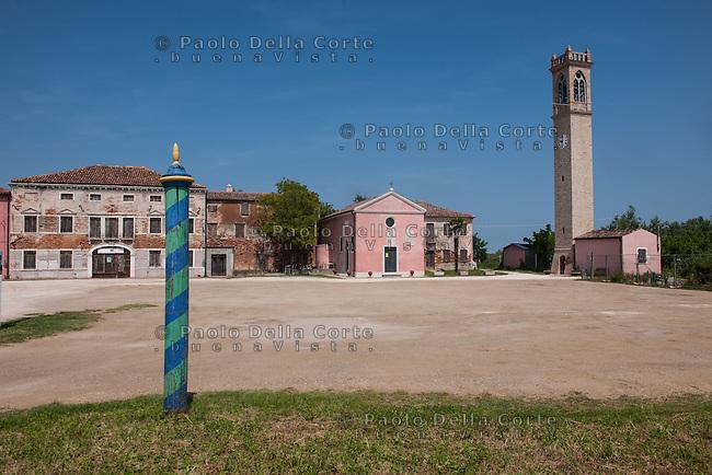 Venezia - Lio Piccolo, la piazza principale del vecchio paese.