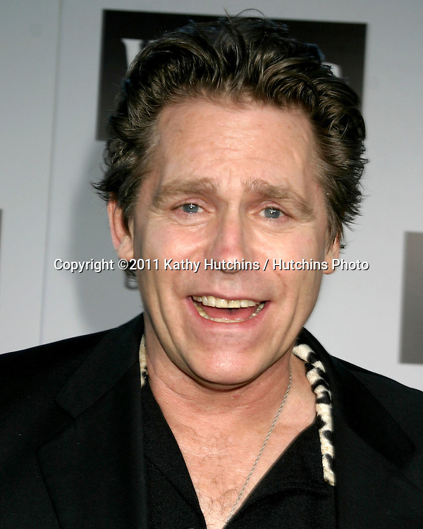 "LOS ANGELES - JUN 22:  Jeff Conaway arriving at the ""Wicked"" Play Opening at Pantages Theater on June 22, 2005 in Los Angeles, CA"