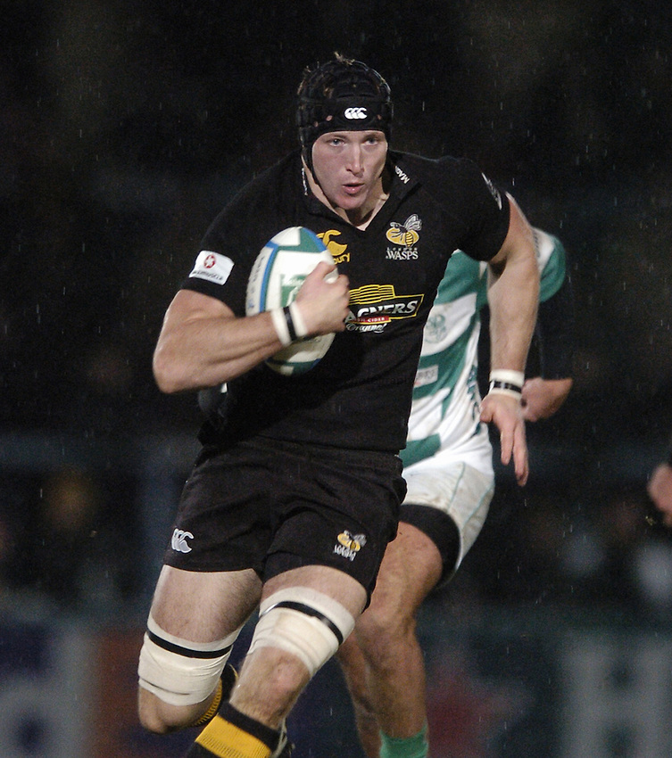 Photo: Jonathan Butler..London Wasps v Treviso. Heineken Cup. 10/12/2006..George Skivington of London Wasps.